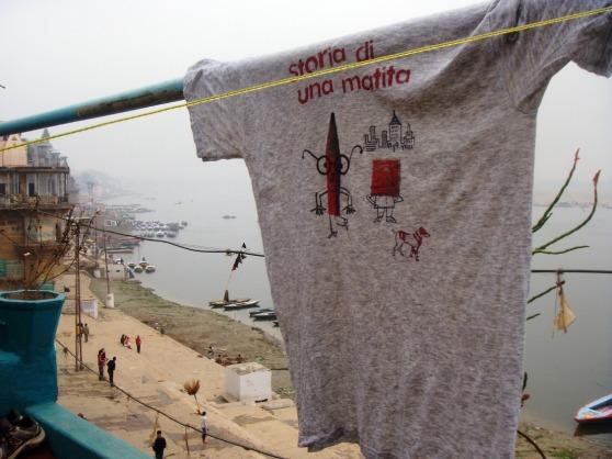 """La maglietta di """"Storia di una matita"""""""